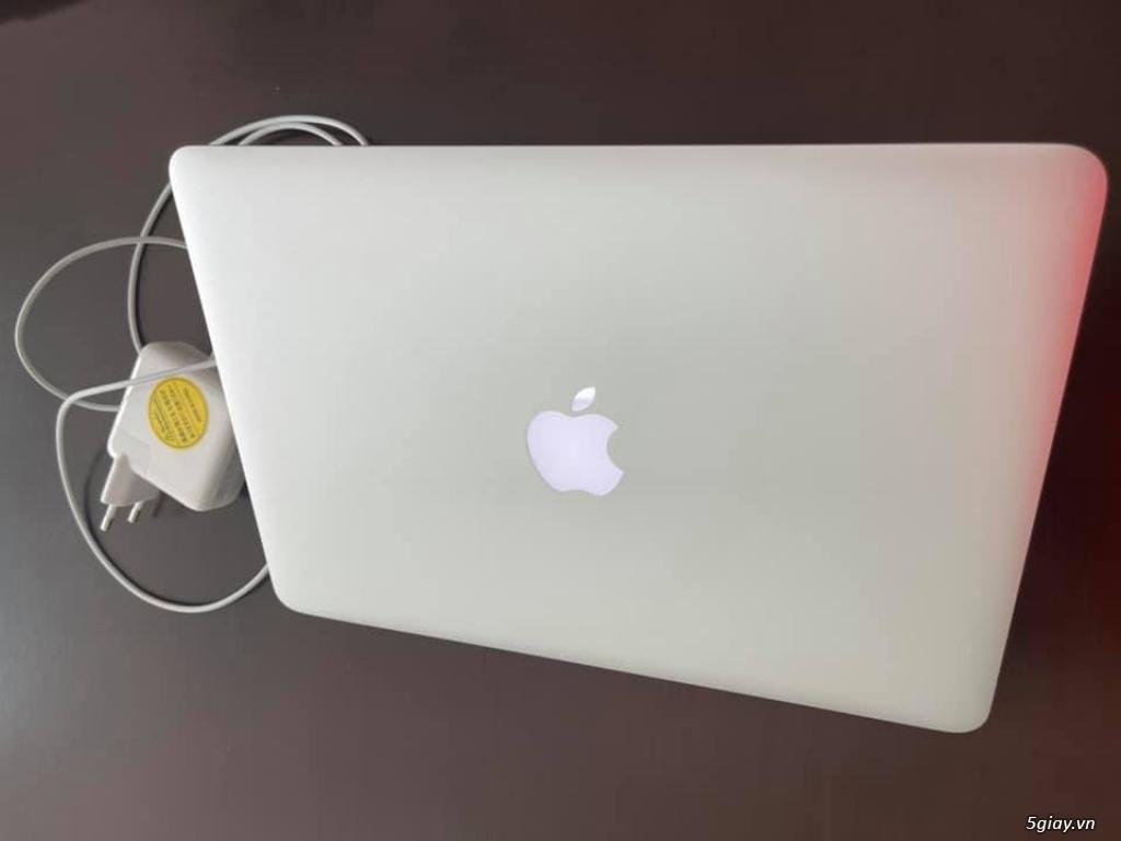 BÁN MacBook Air 13IN SÁNG ĐẸP LENG KENG ZIN 100% MƠI 99%