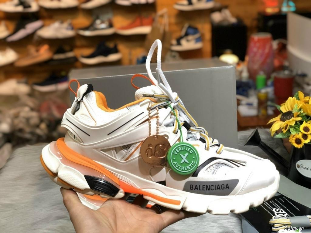 cần bán: giày Balenciaga trất đẹp, bảo đảm chất lượng - 1