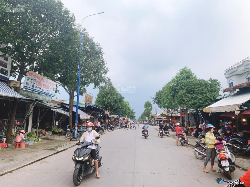 CHÍNH CHỦ BÁN LÔ J GÓC 240M2 DÂN ĐÔNG, SÁT CHỢ, KCN BÌNH DƯƠNG, SHR