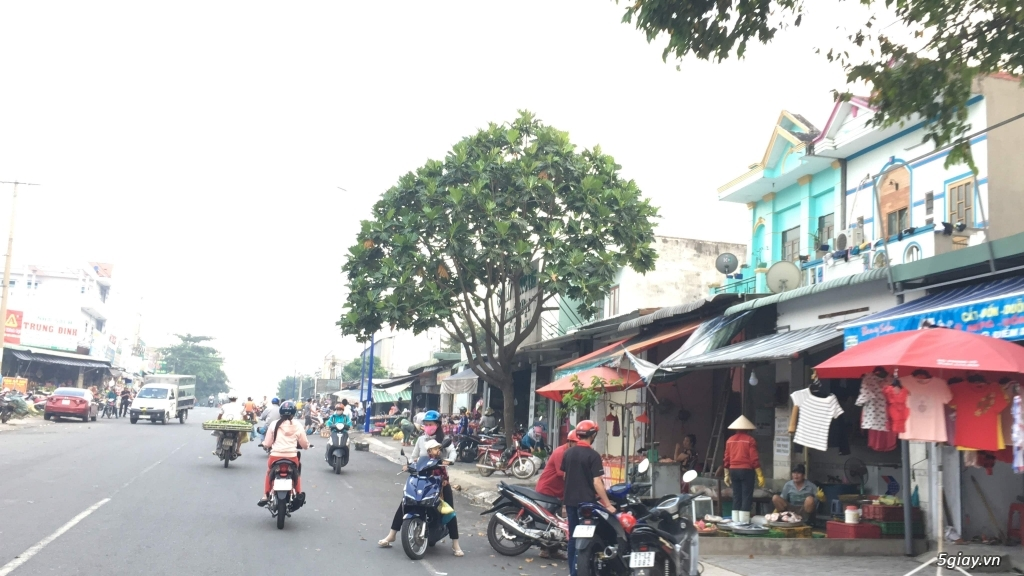 Đất KCN Mỹ Phước 3, Lô J gần chợ dân sinh, MT đường nhựa, dân đông, SH - 2