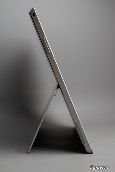 Surface Pro 3   SSD 128GB   core i5   RAM 4GB   98% - IMI17823
