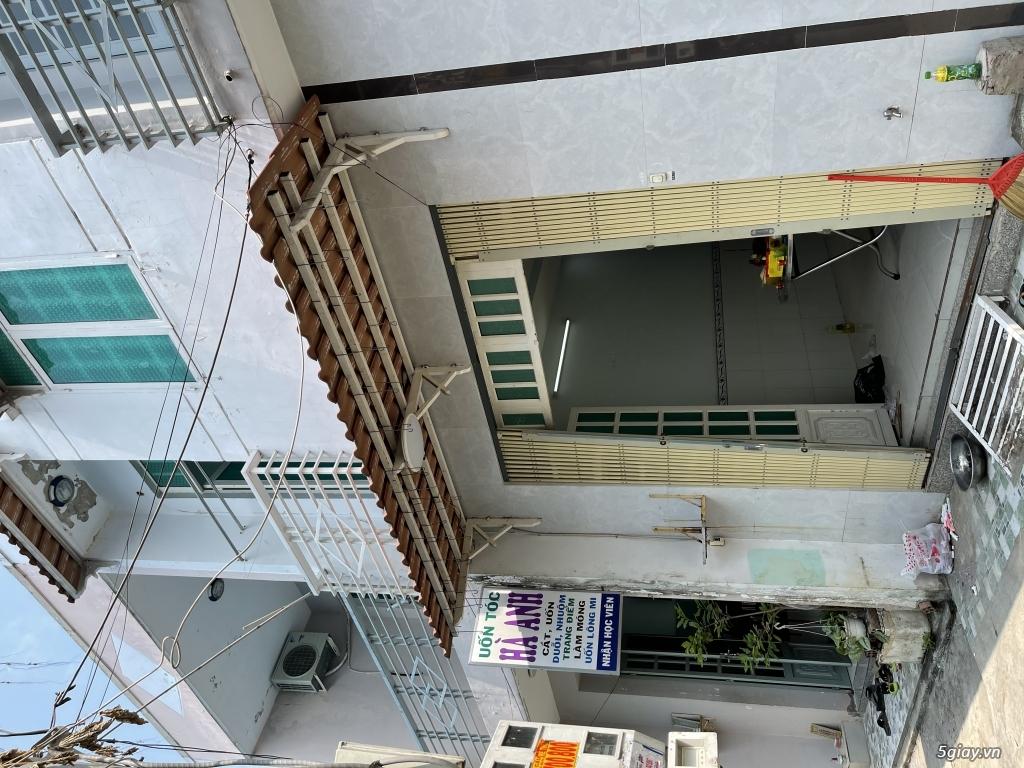 Cần cho thuê : nhà 2 mặt tiền-1 trệt-1 lầu-3 phòng-2 tolet - 2