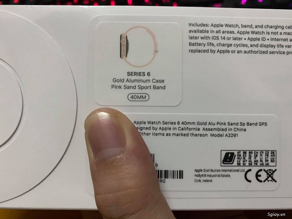 Apple watch series 6 40mm gold Pink Sand Sport Band new 100% seal