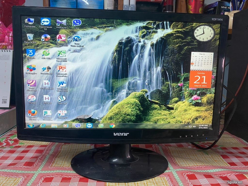 HP CORE I3 3220 4 CPU- DDR 3 08GB- HDD 250 GB- VGA OB 1.6 GB- DVD RW - 4