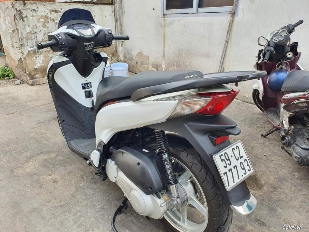 SHVN 125 ABS màu trắng full italia 2017 - 2