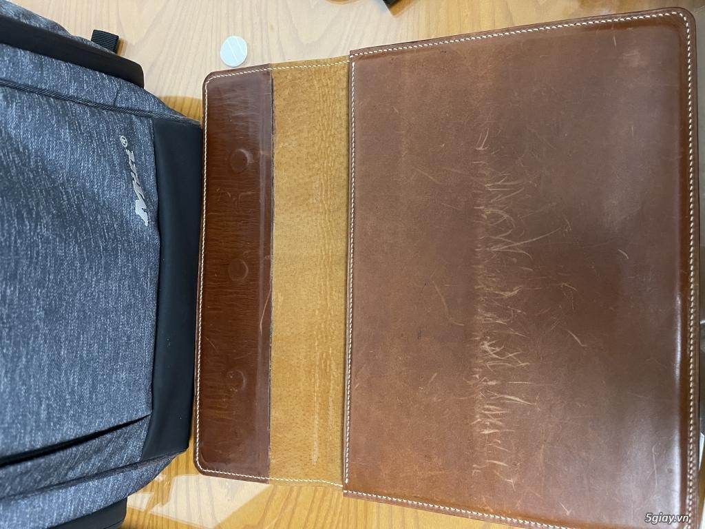 Bán vài túi chống shock cho macbook, laptop bằng da thật may thủ công.