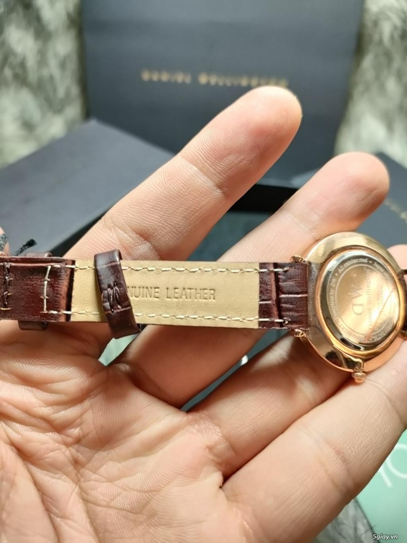 Đồng hồ DW Patite mặt đen dây vàng chính hãng fullbox - 3