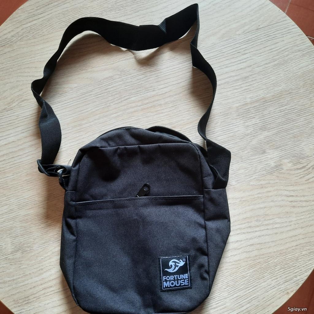 Túi đeo chéo đựng điện thoại, sạc,pin dự phòng, và vật dụng khác..... End 23h ngày 19/06/2021 - 1