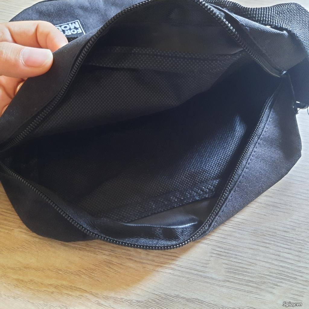 Túi đeo chéo đựng điện thoại, sạc,pin dự phòng, và vật dụng khác..... End 23h ngày 19/06/2021 - 3