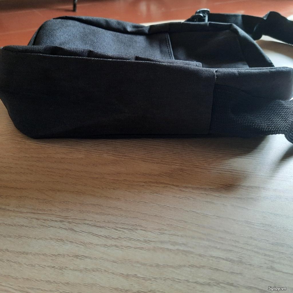 Túi đeo chéo đựng điện thoại, sạc,pin dự phòng, và vật dụng khác..... End 23h ngày 19/06/2021 - 2