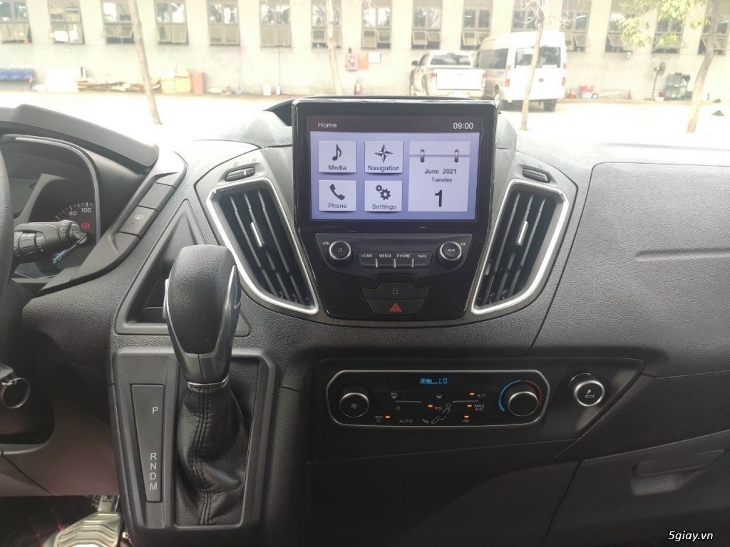 Bán Ford Tourneo 2019 đã qua sử dụng - 4