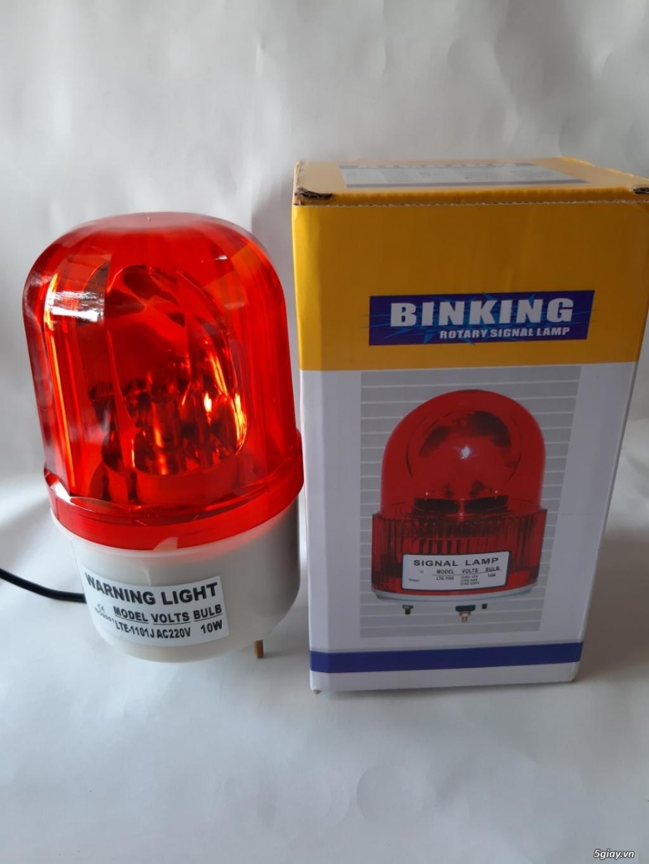 đèn xoay cảnh báo gắn ở công trường - 1