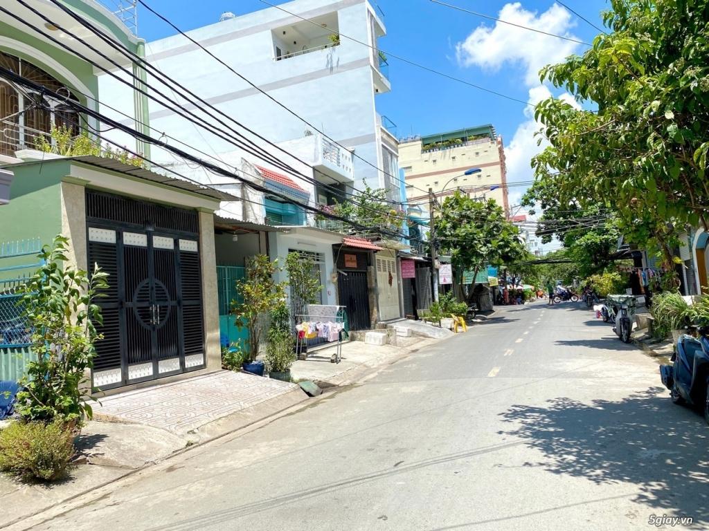 HOT - Nhà 1 lầu mặt tiền Đường Số 53 giá cực TỐT, Bình Thuận, Quận 7